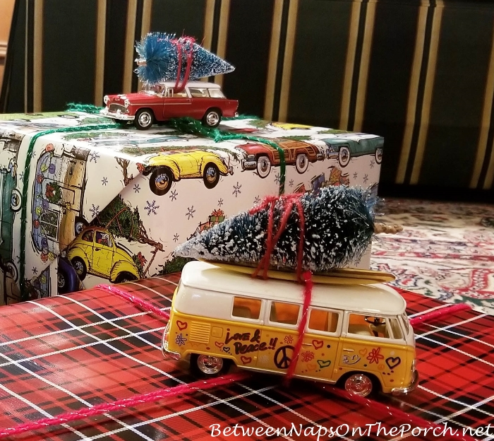 Volkswagen Van Bringing Home the Christmas Tree, Chrisstmas Gift Wrap Ideas