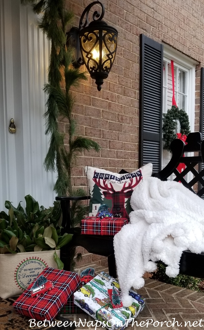 Whimsical Decor for the Porch on Party Night