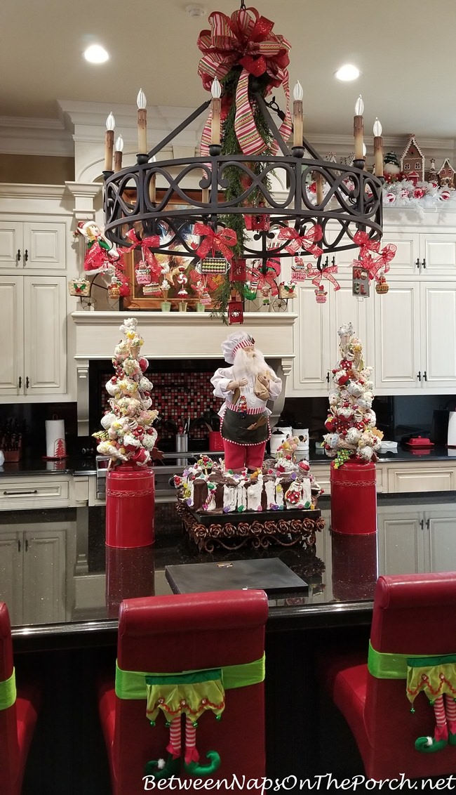 A Peppermint Candy Fantasy Table Kitchen Between Naps On The Porch