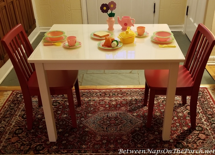 Pottery Barn, Children's Table with Chairs