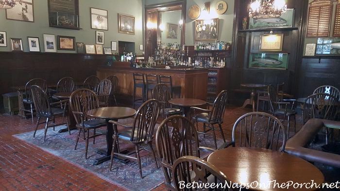 Fisherman's Pub inside Ballynahinch Castle