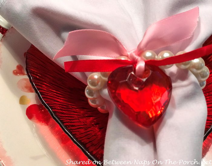 Heart & Ribbon Napkin Ring
