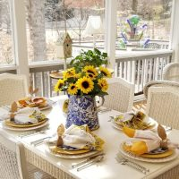 A Sunny, Blue & Yellow Table Inspired By A Spring-like February Day