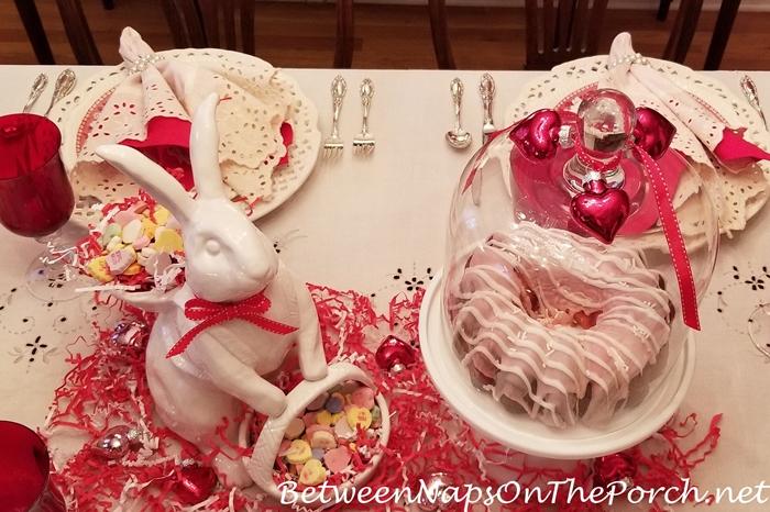 Valentine's Day Dessert, Cake & Message Hearts