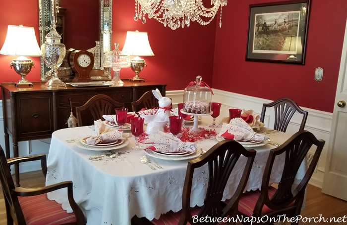 Valentine's Day Table, Traditional Dininig Room