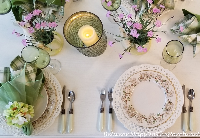 Syracuse Orchard Dinnerware in a Spring Table Setting
