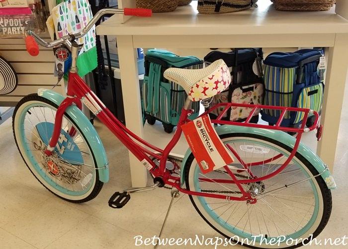 Adorable Schwinn Beach Cruiser Bike