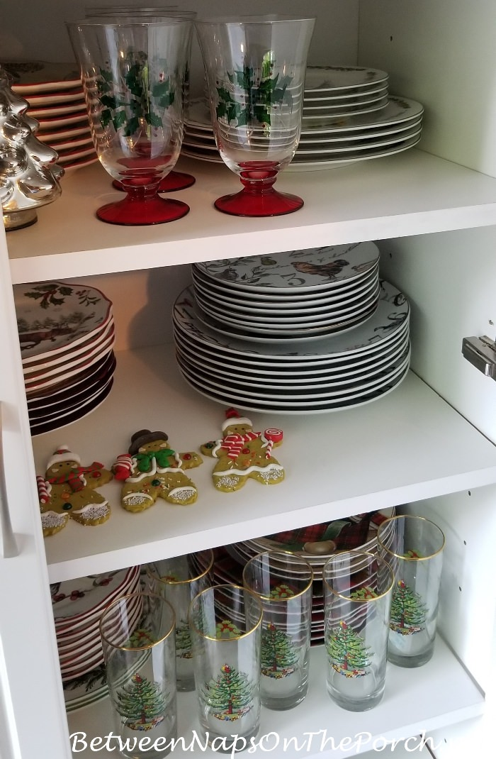 Storage Idea for Christmas Dinnerware