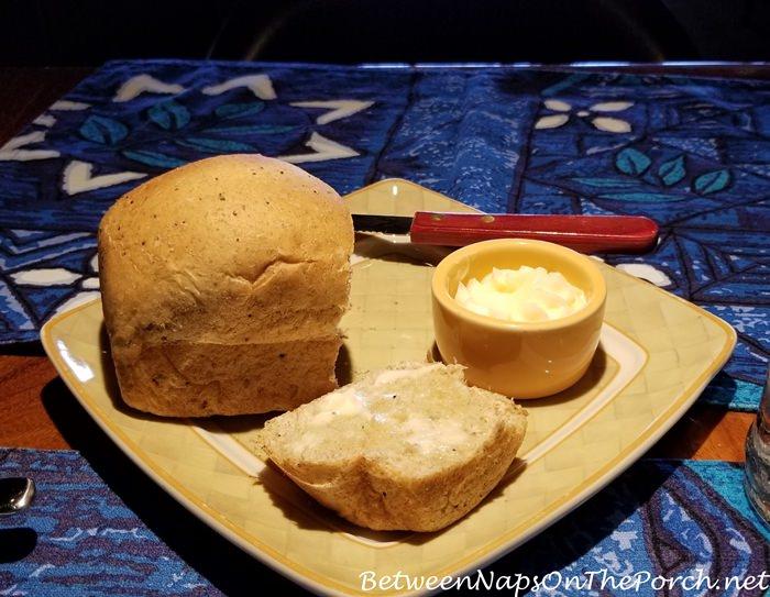 Fresh Bread, Mama's Fish House, Paia, Maui