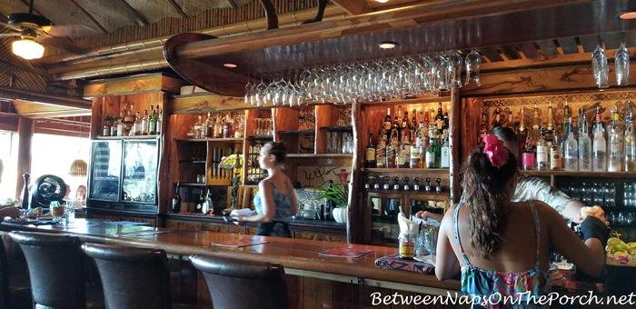 Mama's Fish House Bar Area