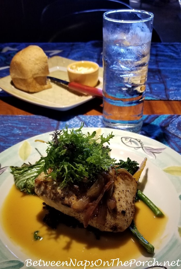 Dining at mama s fish house maui hawaii for Mama s fish house maui