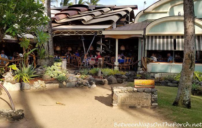 Outdoor Eating Area, Mama's Fish House, Maui, Hawaii
