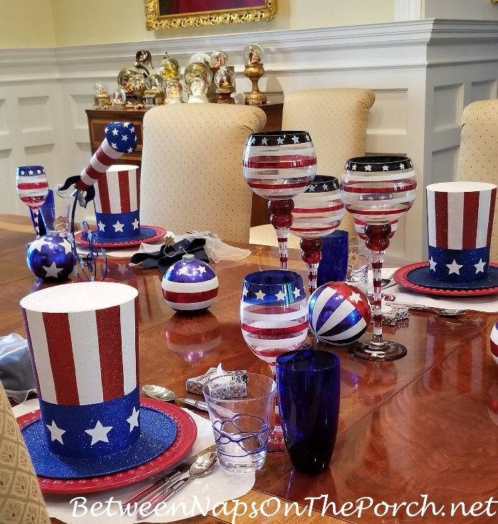 4th of July Tablescape, Festive Red, White and Blue