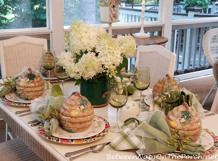 Floral & Bee-themed Tablescape for Summer Dining on the Porch