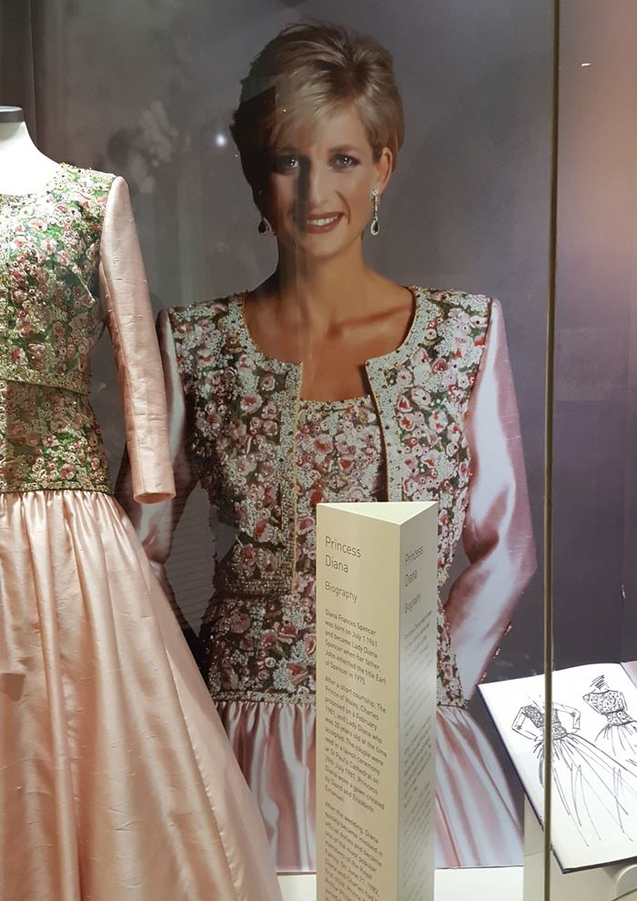 Dress Worn by Princess Diana 2