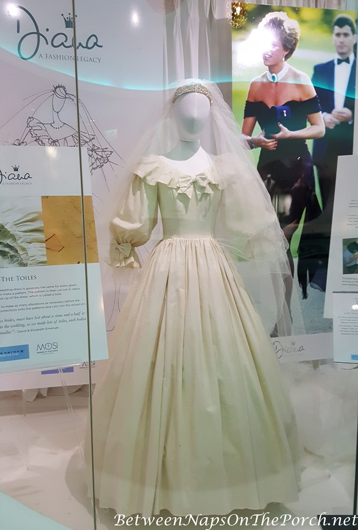 Final Calico Toile for Princess Diana's Wedding Gown