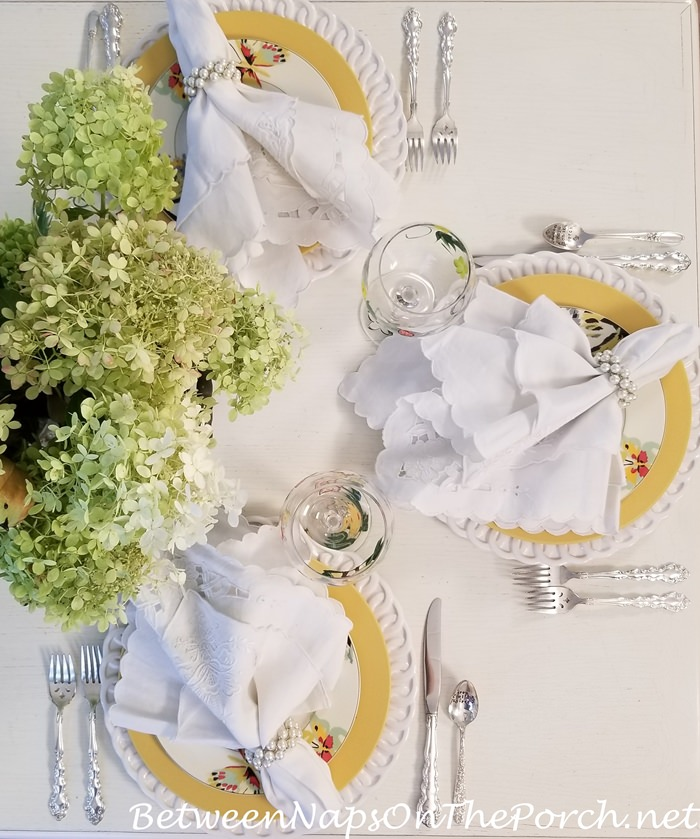 Summer Tablescape with Noritake Colorware Dinnerware