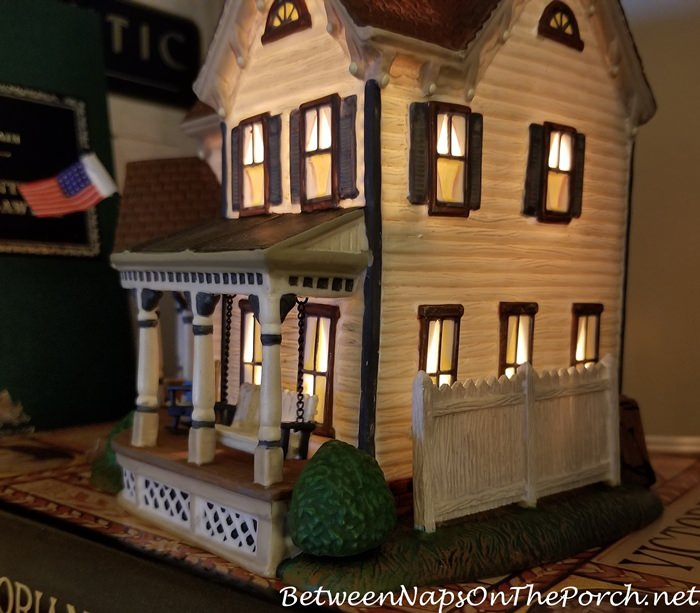 Fence Repair to Aunt Polly's House, Dept 56.