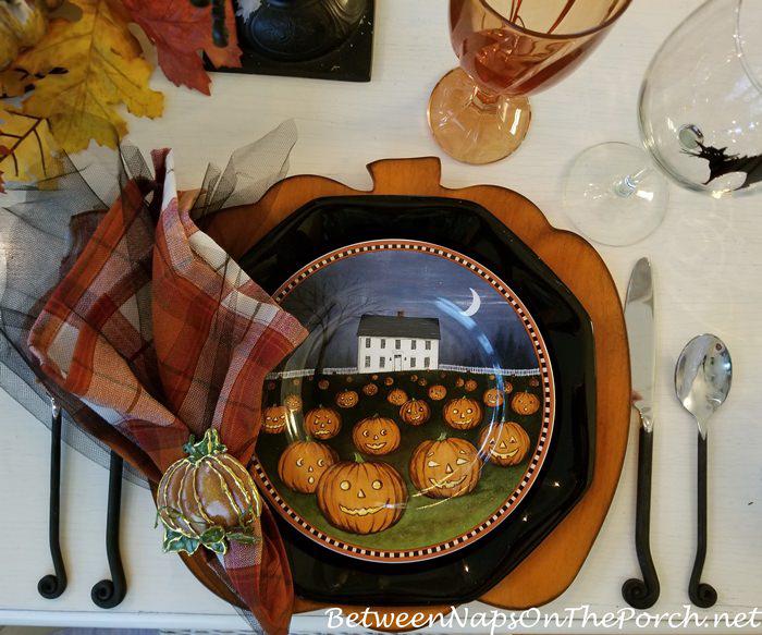 Halloween Plates, David Carter Brown-Pumpkin Hollow