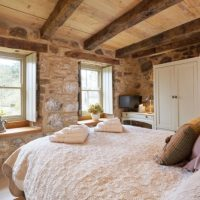 Lovely Bedroom in historic The Bastle