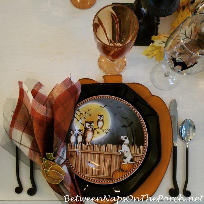 Pumpkin Hollow Plates, David Carter Brown, Halloween Plates
