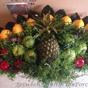 DIY Christmas Fruit Fan for Above Door, Colonial Williamsburg Christmas