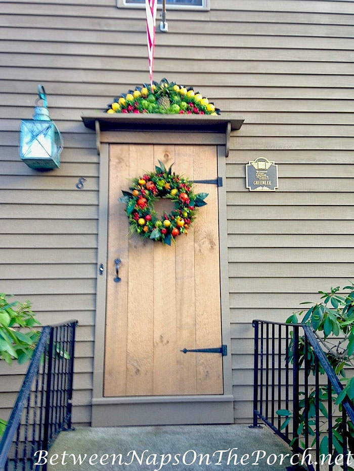 Decorate Front Porch in Colonial Williamsburg Style