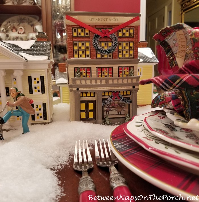 Belmont & Co. Dept. Store Lit House, Christmas Vacation Movie