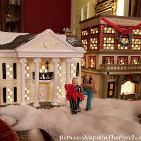 Boss Shirley's House, Christmas Vacation Movie, Dept. 56