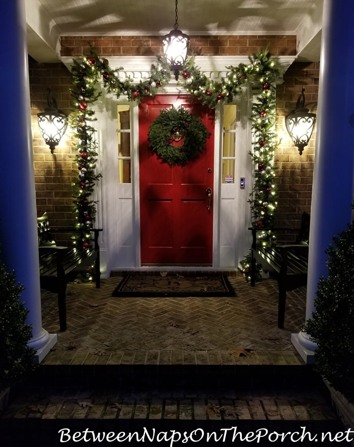 Christmas Porch, Lit Garland and Natural Christmas Wreath 2