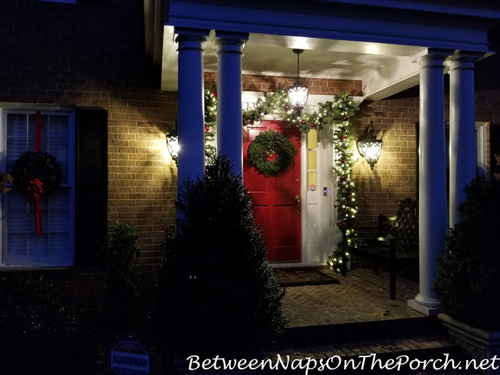 Christmas Porch, Lit Garland and Natural Christmas Wreath 3