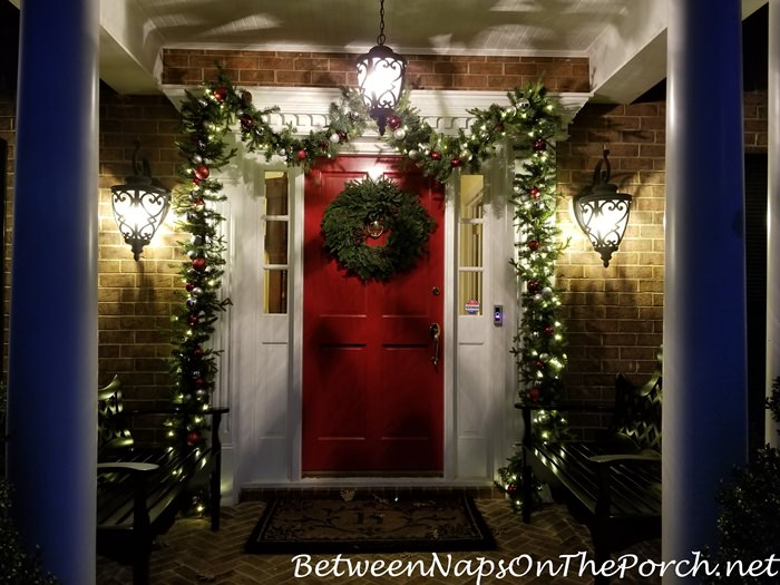 Christmas Porch, Lit Garland and Natural Christmas Wreath 6