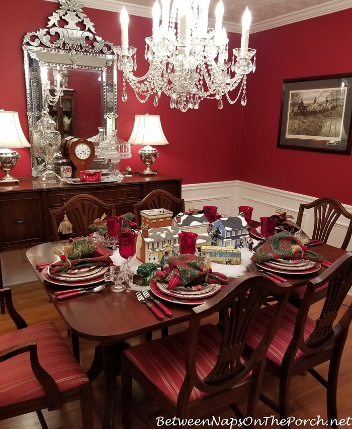 Christmas Table Setting, Christmas Vacation Movie Theme