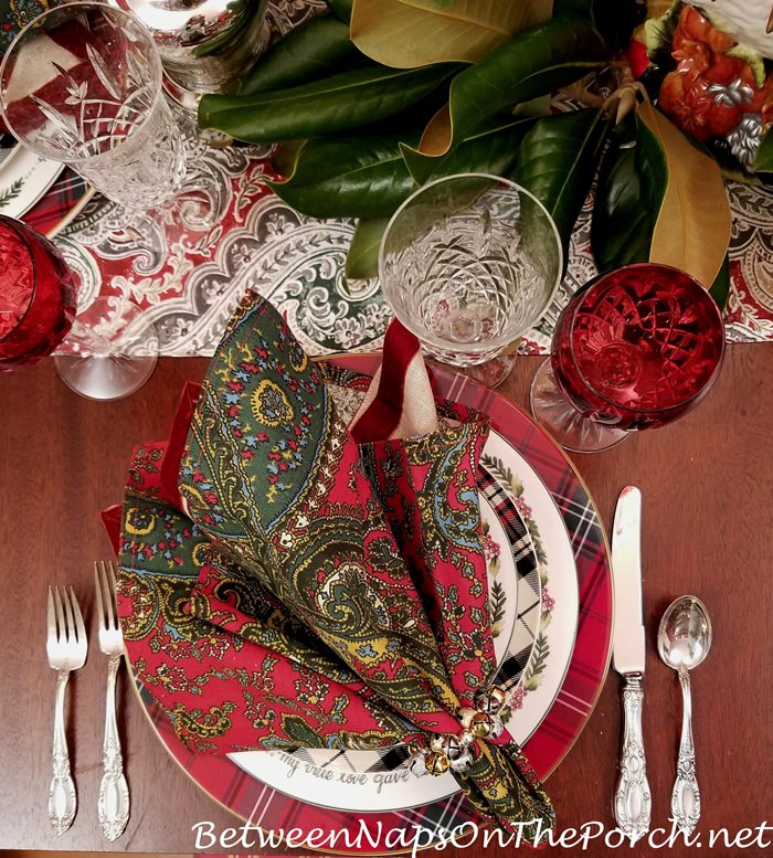 Christmas Table Setting in Plaid and Paisley