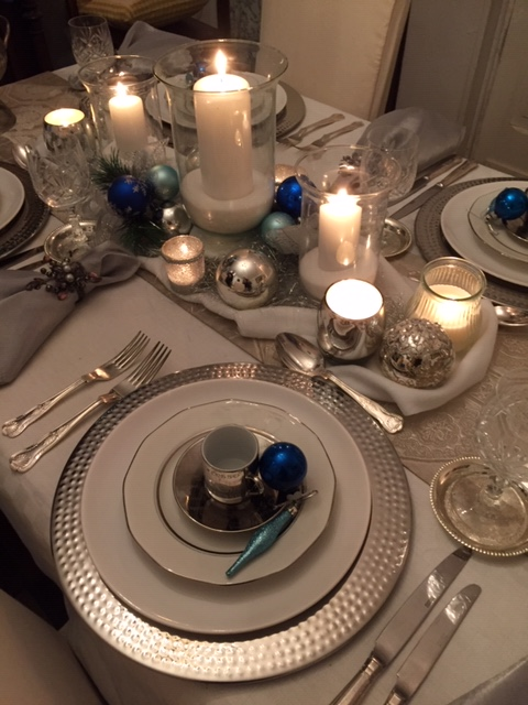 White & Silver for Christmas Dining