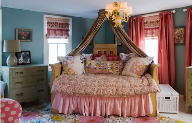 Epic Daybed On Angle In Corner of Room
