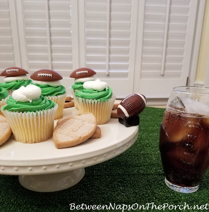 Football Mini for Serving Dish, Super Bowl