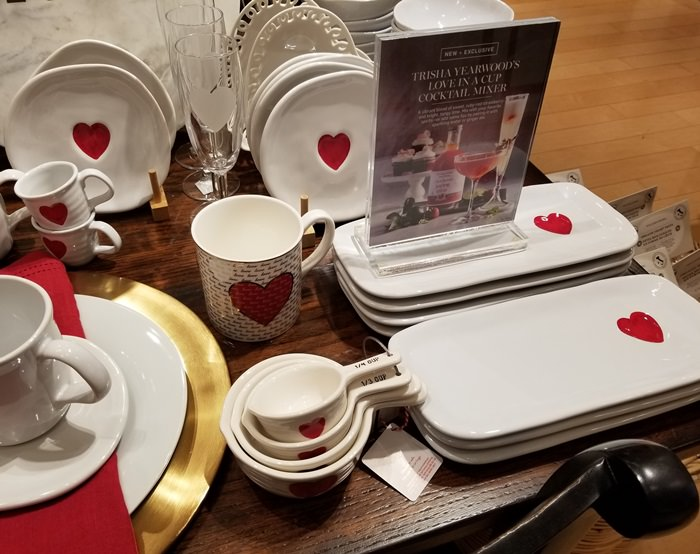 Heart Dishware, Valentine's Day