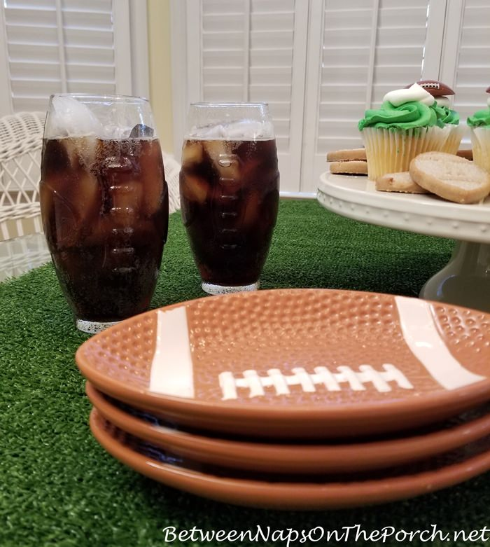 Super Bowl Party Glasses and plates