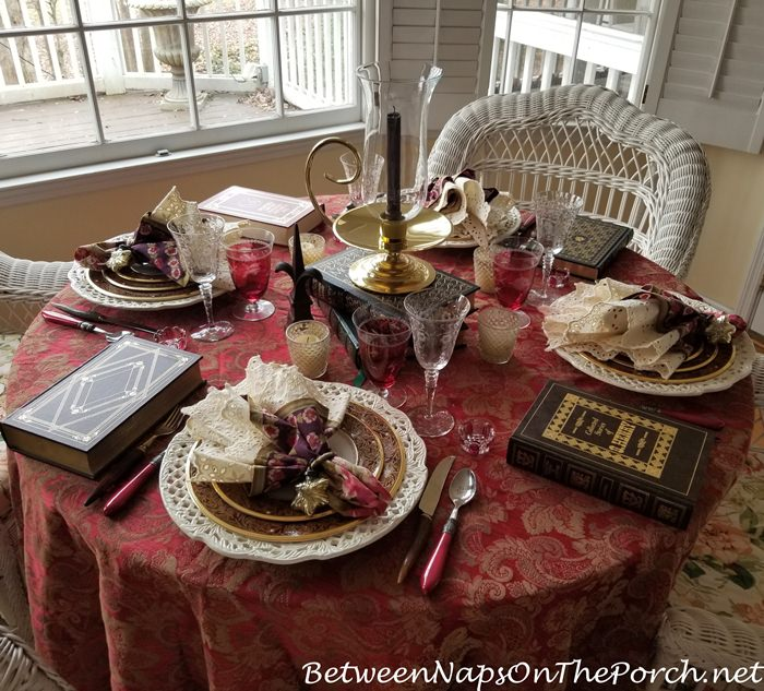 Table Setting in Warm Colors, Burgundy, Browns and Reds for Winter 2