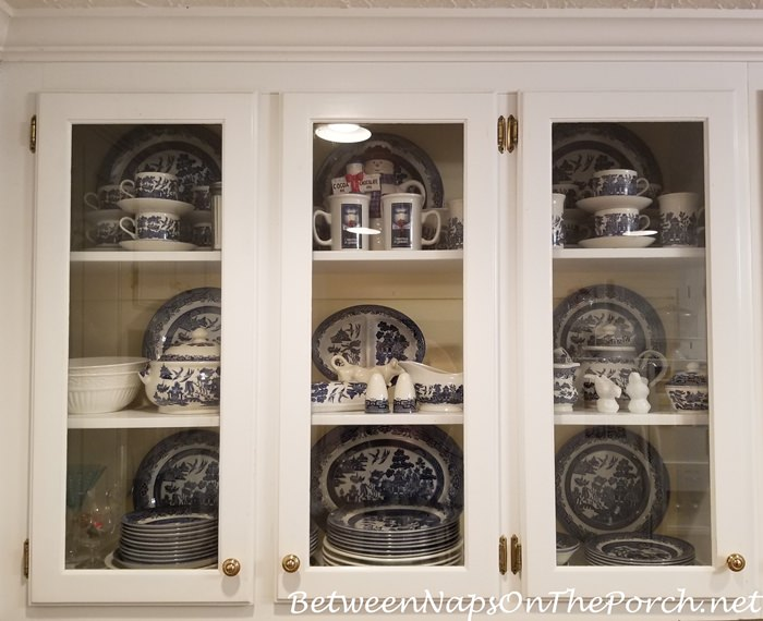 Everyday dishes stored for display