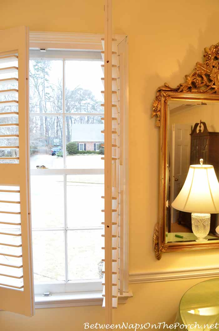 How To Repair A Loose Louver On Interior Plantation Shutters 1