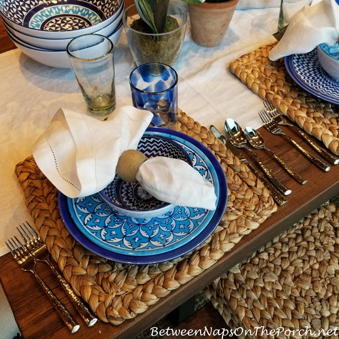 Blue & White Table Dinnerware
