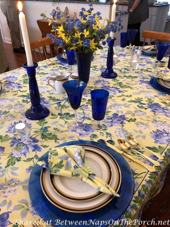 Spring Table Setting in Blue and Yellow 02