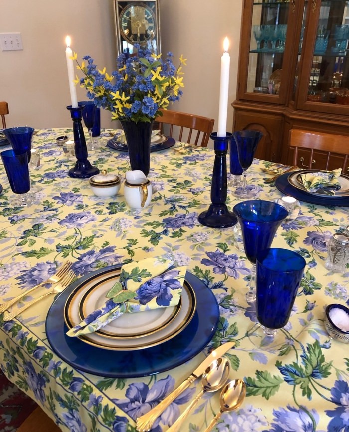 Spring Table Setting in Blue and Yellow