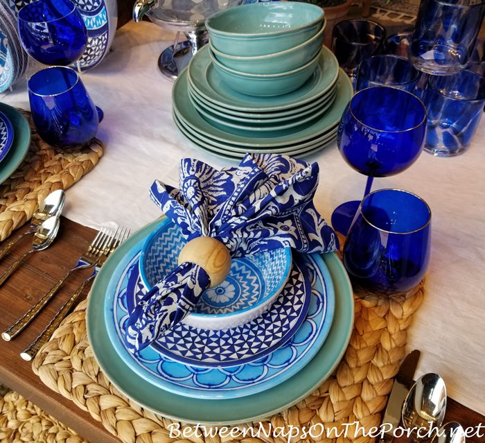Blue, White, Aqua Tablescape, Beach Colors
