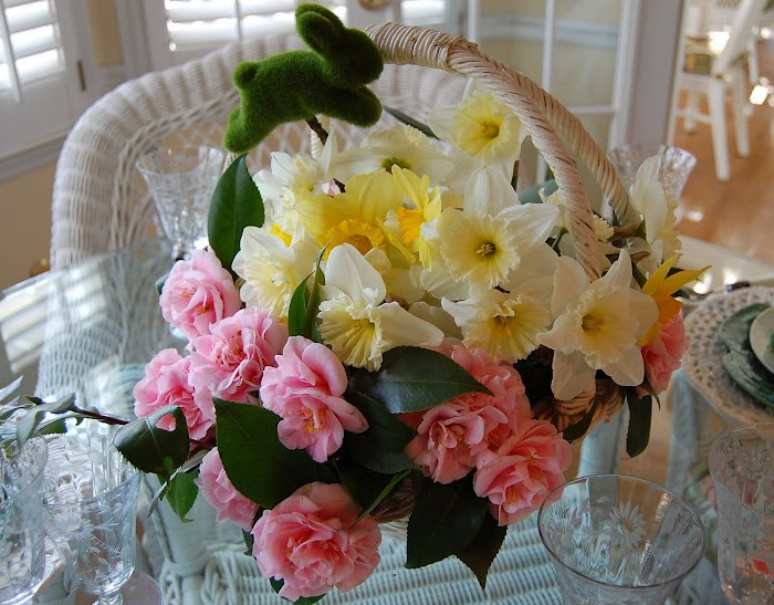 Centerpiece of Daffodils and Camellias