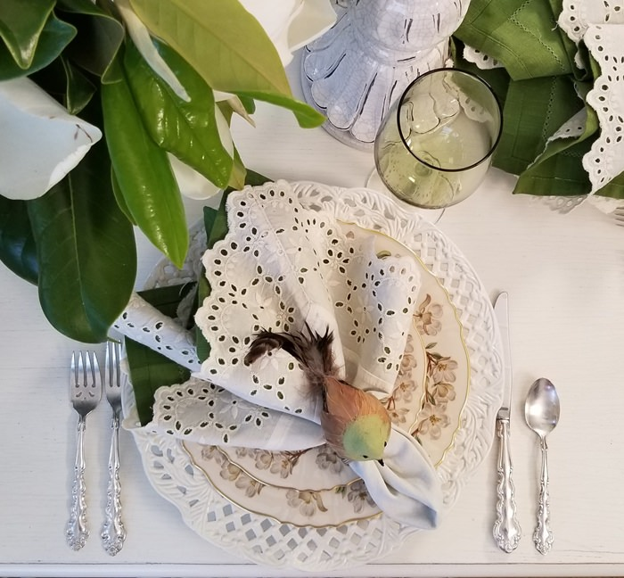 Eyelet Napkin, Pierced Chargers in a Spring Table