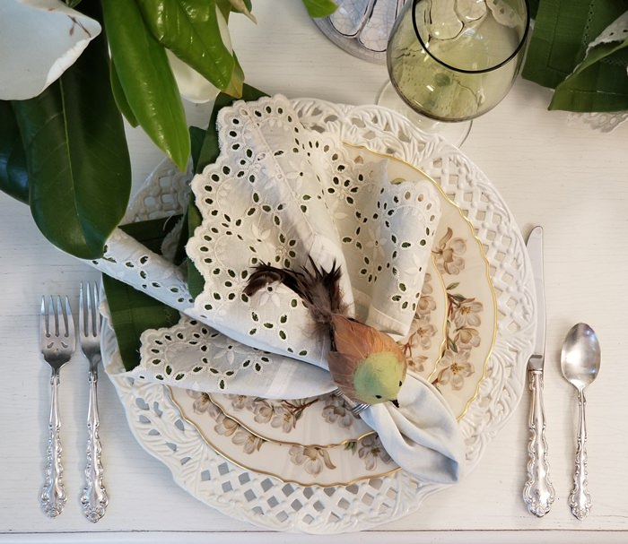 Eyelet Napkins, Spring Table Setting