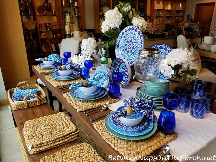 Table Setting in Blue and Aqua